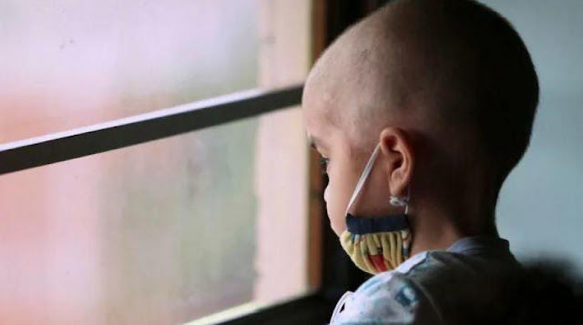 """ابتكار عقار يحمي """"مرضى السرطان"""" من تساقط الشعر أثناء العلاج بالكيماوي"""