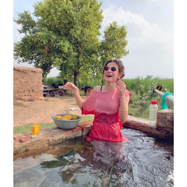 Zubab Rana Looks Stunning in New Ravishing Pictures