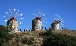 Δεν δεχόμαστε τετελεσμένα από την Ελλάδα ως προς το καθεστώς του Αιγαίου