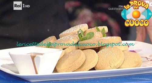 Biscotti di frolla al caffé con crema al cioccolato ricetta Valbuzzi da Prova del Cuoco