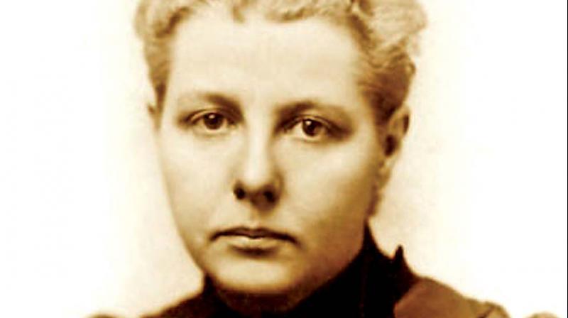 Annie Besant - (1847- 1933)