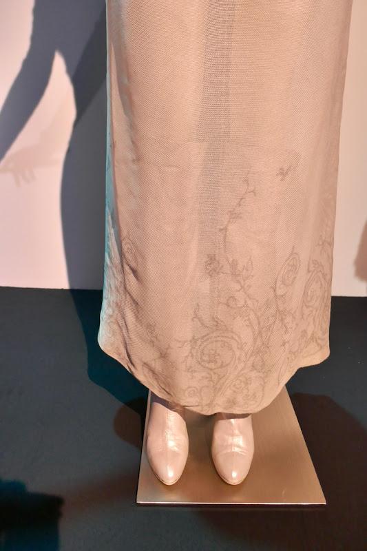 Oz Great and Powerful Glinda skirt detail