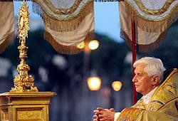 Solemnidad Corpus Christi (Ciclo C): La relación entre la Eucaristía y el sacerdocio de Cristo (Homilía, 3 de junio de 2010)
