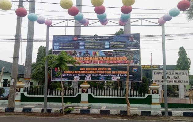 Upaya Korem 081/DSJ dan Jajarannya Himbau Masyarakat Tetap Patuhi Protokol Kesehatan