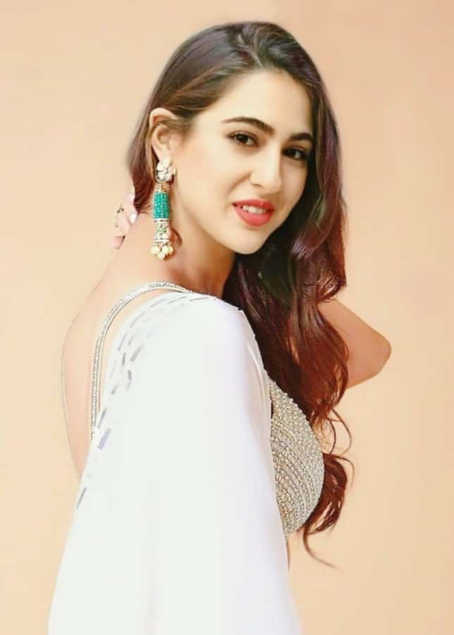 sara ali khan backless, sara ali khan hair style, sara ali khan in chudidar