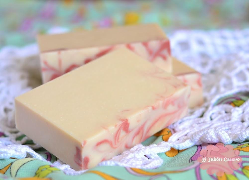 el jabon casero yogur y fresa