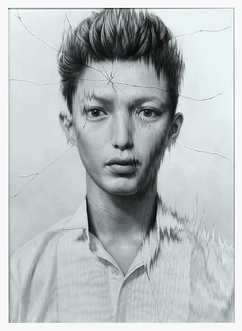 14-The-Cracked-Portrait-Pencil-Drawing-and-Glass-www-designstack-co