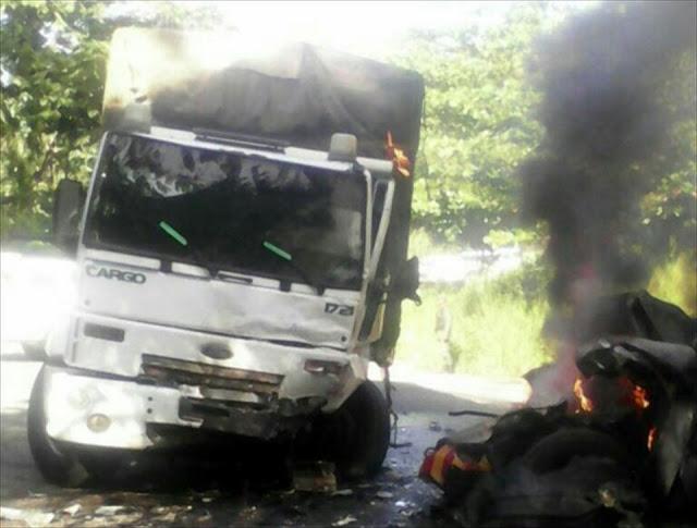 Saquearon camión blindado que estaba vacío
