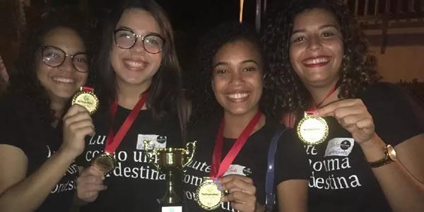 Estudantes do Recife vencem desafio mundial de tecnologia