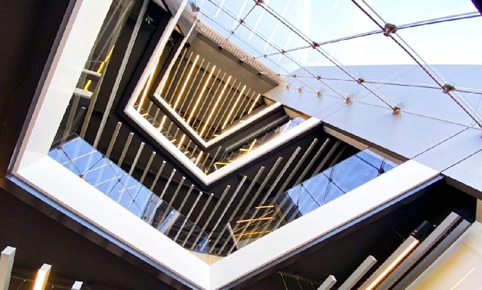 Custom hurricane and impact resistant windows And  doors serving Miami Florida - Linea Rossa Design