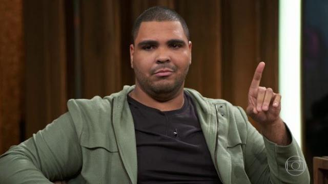 Se Jesus voltar gay ou afeminado é cruz de novo, diz humorista do Se Joga, Paulo Vieira