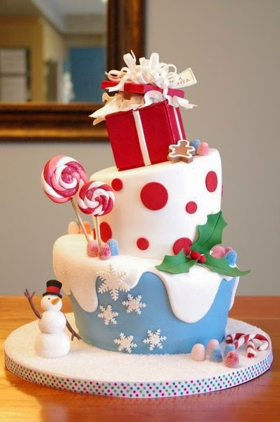 special christmas cake decoration with spatula