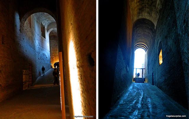 Túnel de acesso ao Monte Palatino na Basílica de Santa Maria Antiqua, Fórum Romano