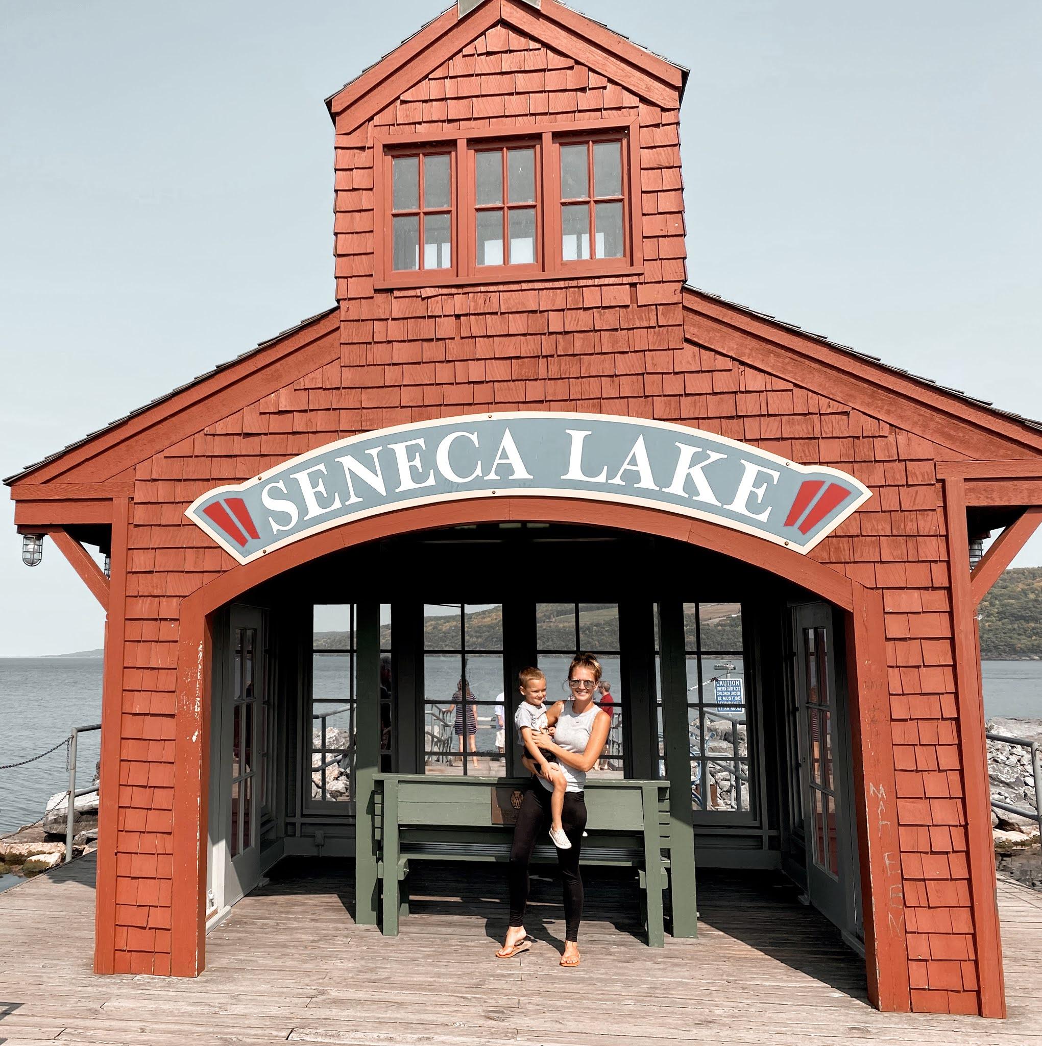 Seneca Lake, Finger Lakes in New York | biblio-style.com