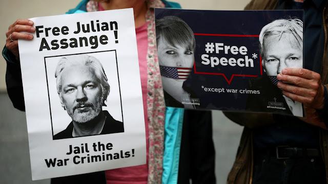 El padre de Julian Assange habla sobre el estado físico y mental de su hijo en la prisión
