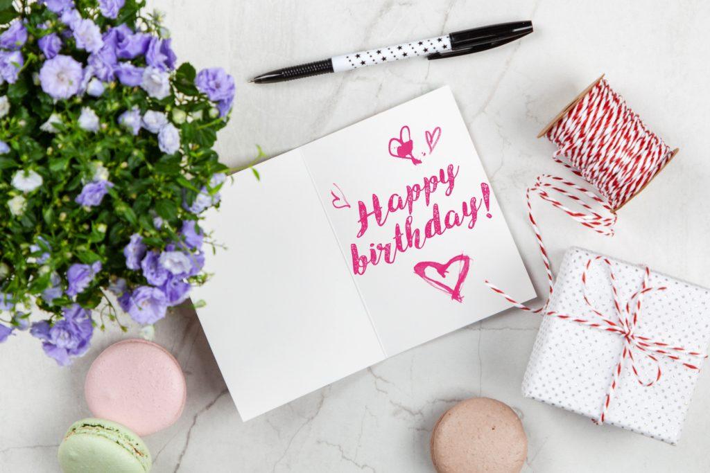 Happy Birthday Shayari, Quotes, Status in Hindi