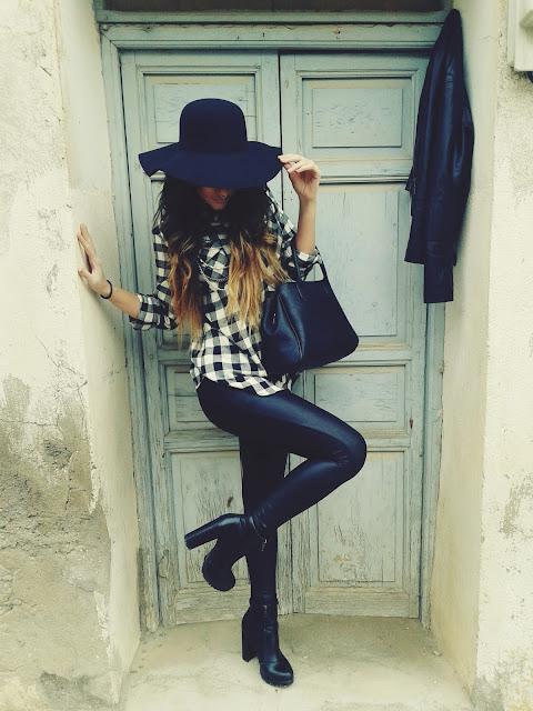 Outfit camisa a cuadros blanca y negra