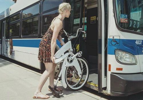 Sepeda Listrik Gi FlyBike Dilipat Sedetik Dengan Satu Gerakan Sederhana