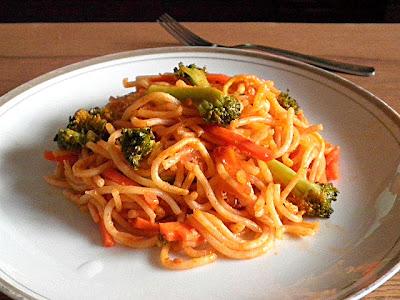 Vegetable Pasta Recipe @ treatntrick.blogspot.com