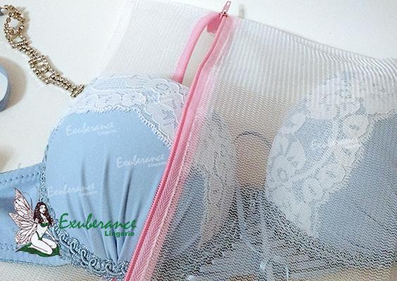 Sutiã dentro saco para lavar lingerie na máquina de lavar ou tanquinho