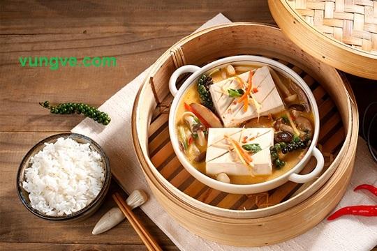 Món ăn đậu phụ hấp nấm là món ăn khá mát thanh nhiệt cơ thể