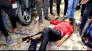 #JaunpurLive :  बोलेरो व बाईक की टक्कऱ, बाईक सवार पिता-पुत्र घायल