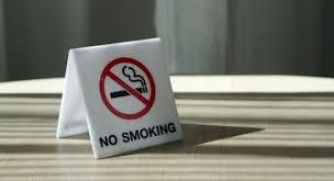Μείωση τζίρου έως 30% από τον αντικαπνιστικό νόμο