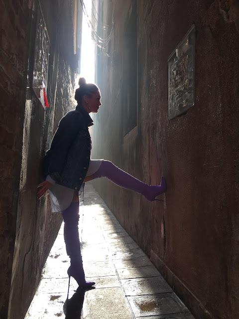 Venice, Venice Italy, travel blog, OTK boots, purple boots, Balenciaga boots, streetstyle fashion, streetstyle milano, toronto street style, toronto fashion blogger, affordable fashion blogger, best blogger canada