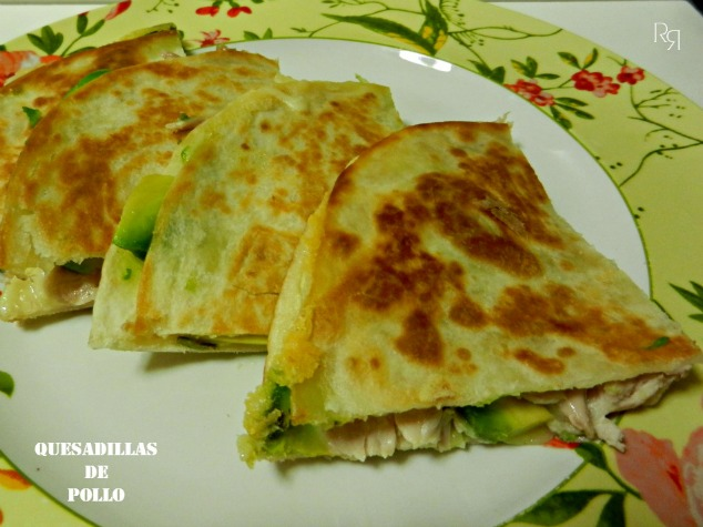 """Quesadillas de pollo"""