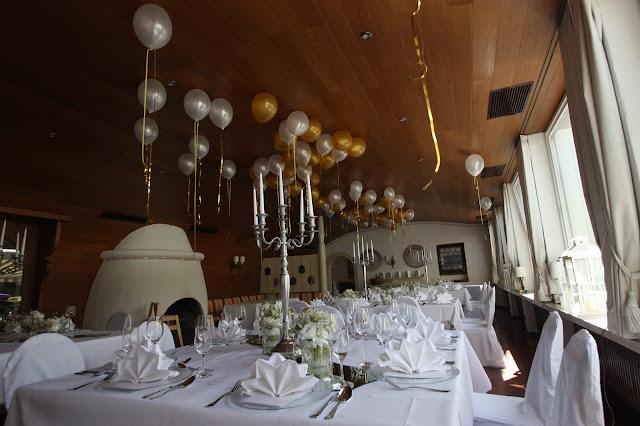 Kaminzimmer Seehaus - Gold und Weiß, goldene Sommerhochzeit im Riessersee Hotel Garmisch-Partenkirchen, gold white wedding in Garmisch, Bavaria, lake-side, summer wedding