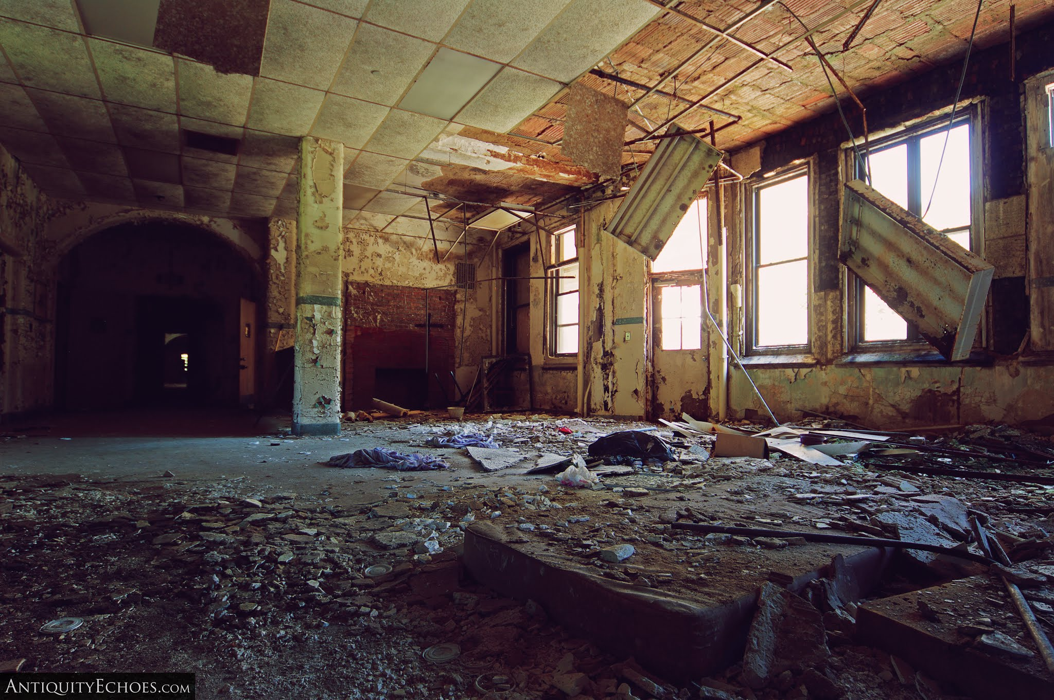 Overbrook Asylum - A Common Room Decaying Away