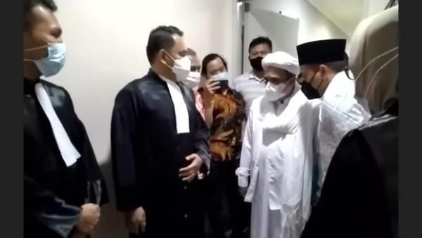 Tak Terima Habib Rizieq Divonis 8 Bulan Bui dan Denda Rp20 Juta, Jaksa Ajukan Banding