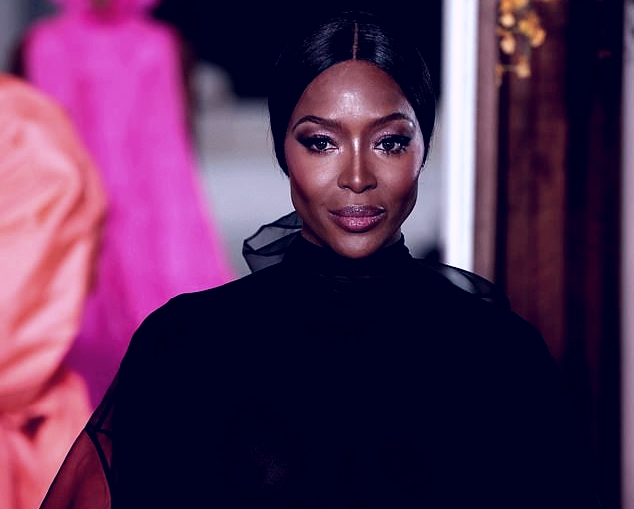 Naomi Campbell Flashes Nipples at Paris Haute Couture Fashion Week (18+)