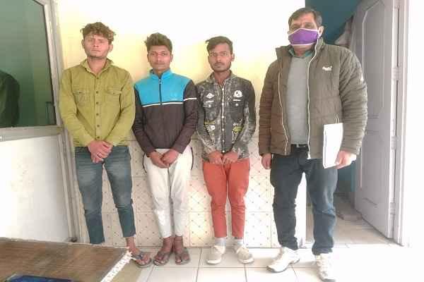 faridabad-crime-branch-border-arrested-three-chor-news