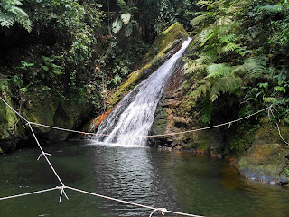 air terjun tangkoban