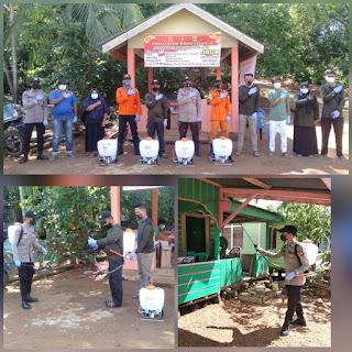 Posko PPKM Desa penuba Timur  Lakukan Penyemprotan  Disinfektan di wilayah Desa Penuba Timur