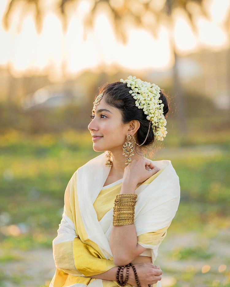 Sai Pallavi Photos HD Saree Wallpaper or New Photos