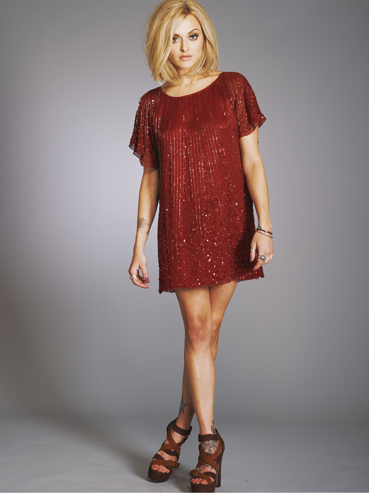 7559117f Fearne Cotton's red sparkly dress in very.co.uk TV ad | Fashion ...