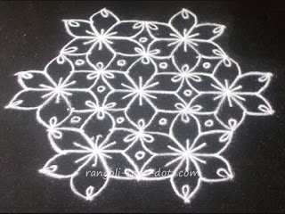 Flower-kolam-with-dots-1c.jpg