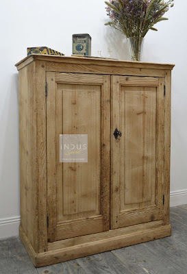 Petite armoire de rangement
