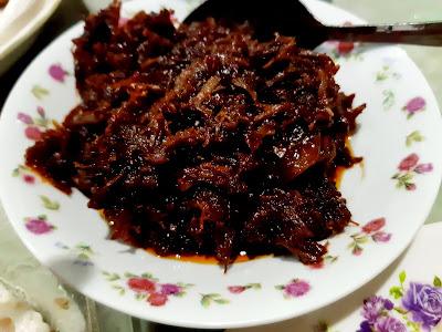 Gambar Breakfast Nasi Lemak Homemade Dengan Dendeng Daging