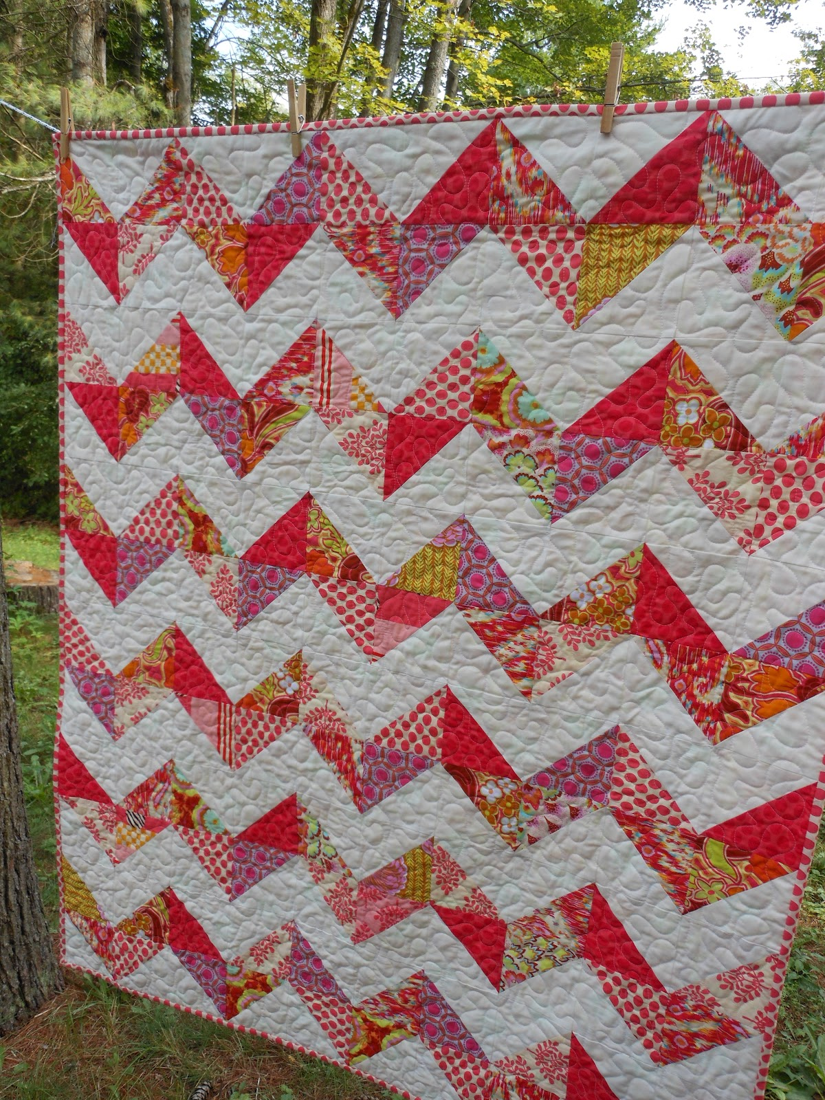 Modern Material Girl: A Quilt Finish! Scrappy Chevron