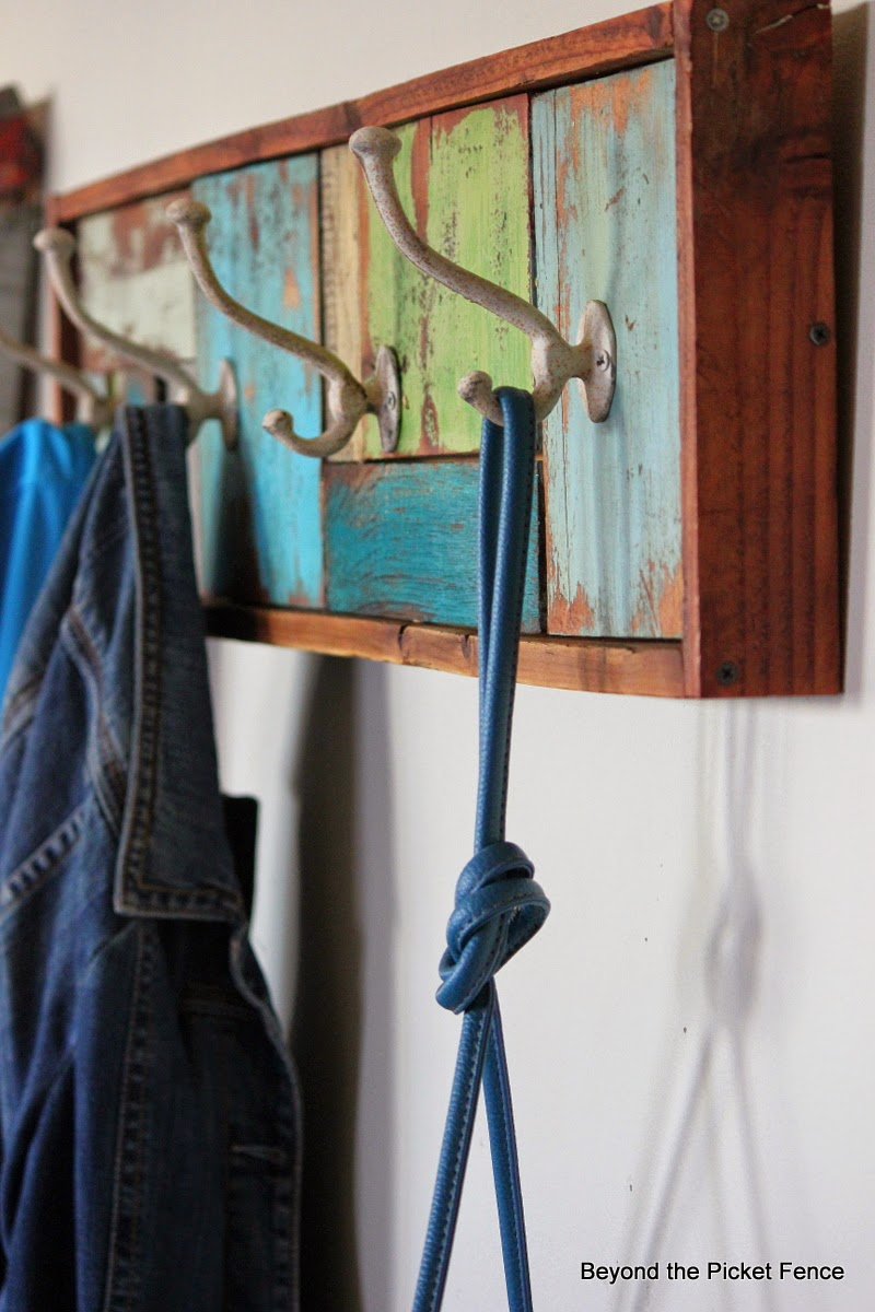 reclaimed wood patchwork coat hook http://bec4-beyondthepicketfence.blogspot.com/2014/05/a-patchwork-coat-hook-and-wax-s.html
