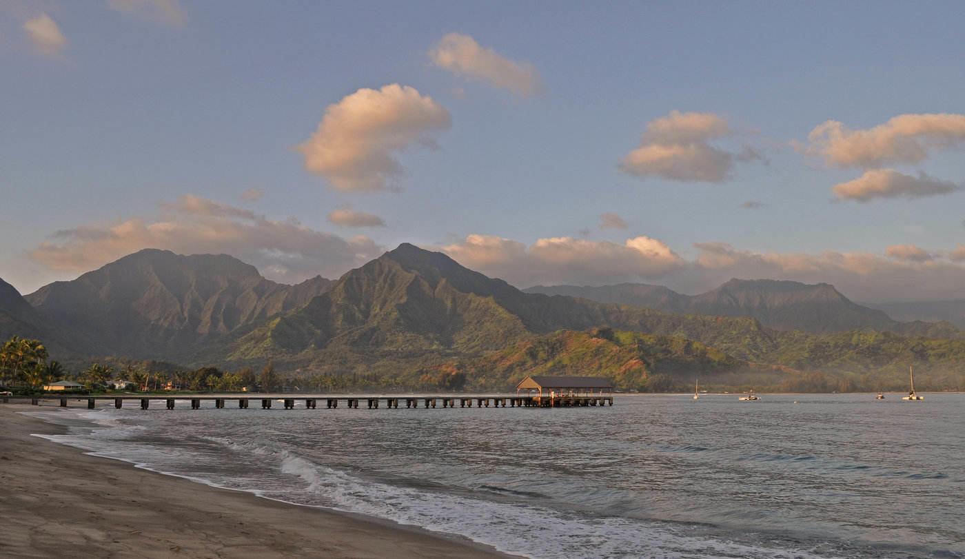 hanalei bay - stunning beaches in hawaii