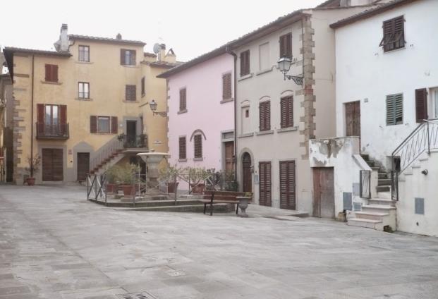 piazza a Castiglion Fibocchi
