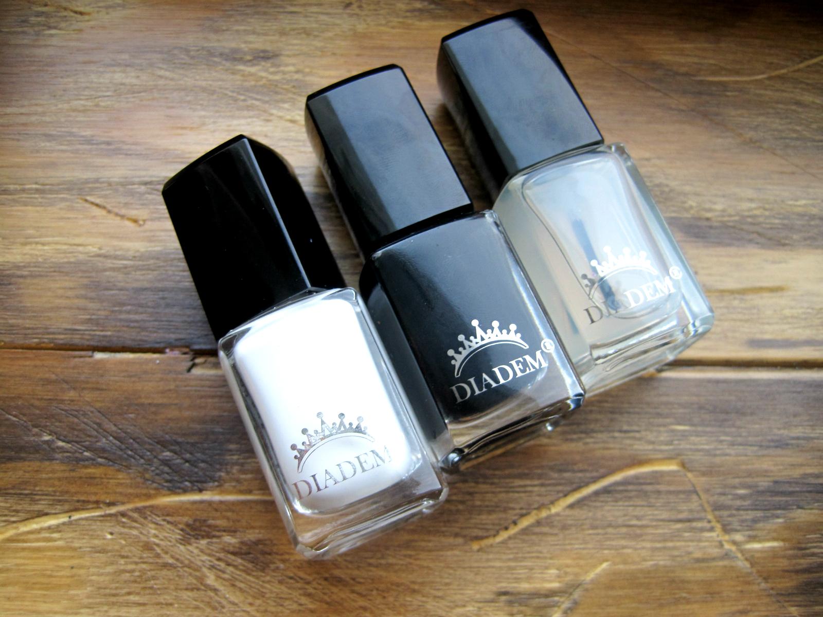 3 proste czarno-białe zdobienia paznokci. Inicjatywa 2H.