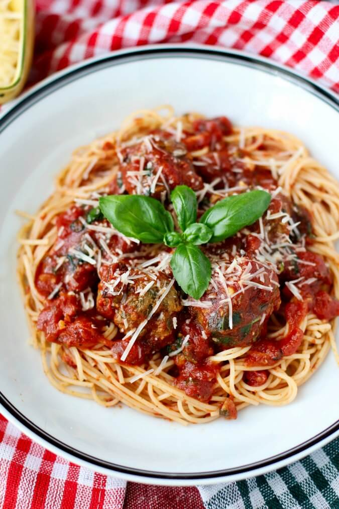Slow Cooker Spaghetti and Meatballs Florentine