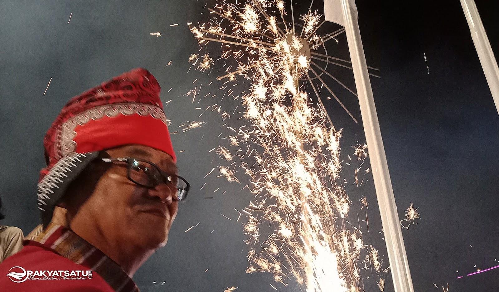 Ulang Tahun ke-63, Bupati Tana Toraja Dialiri Banyak Ucapan Selamat dan Doa