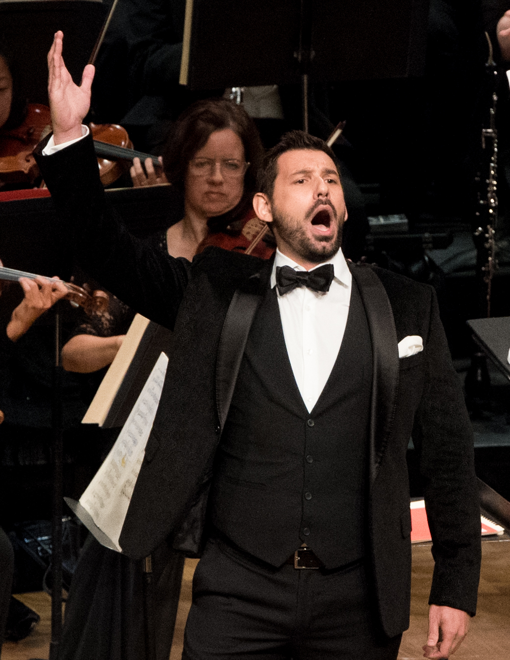 IN REVIEW: Tenor MICHELE ANGELINI singing 'Ah! mes amis, quel jour de fête' from Gaetano Donizetti's LA FILLE DU RÉGIMENT in Washington Concert Opera's 30th Anniversary Concert, 18 September 2016 [Photo by Don Lassell, © by Washington Concert Opera]
