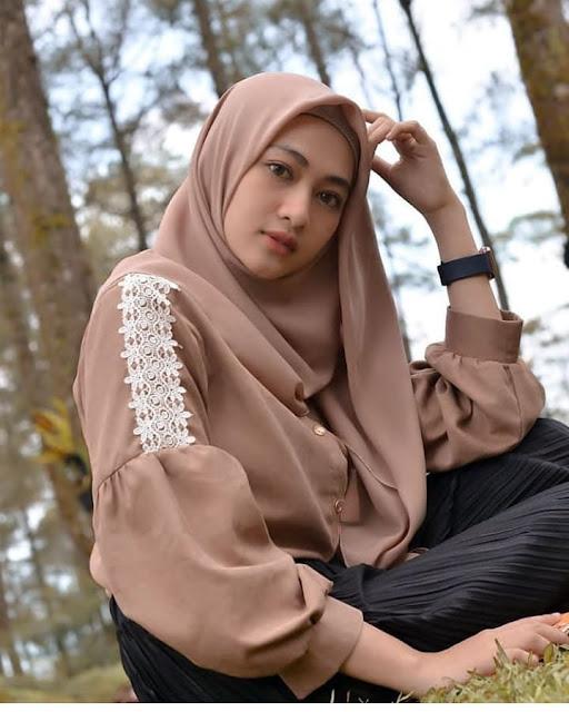 Hijaber Traveling